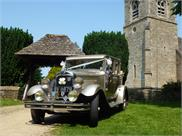 gloucestershire-wedding-car-hire-g24